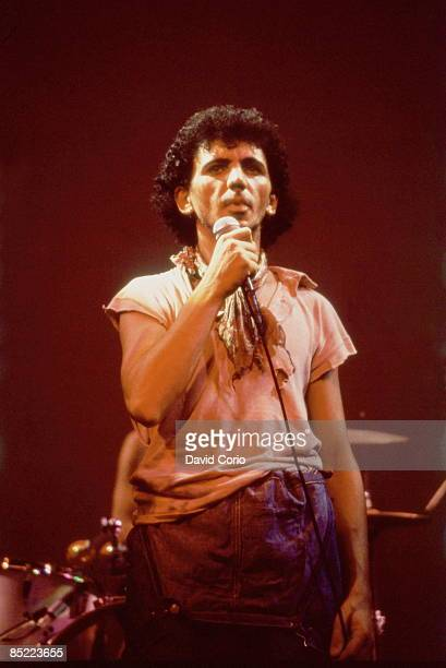 Photo of Kevin ROWLAND and Dexys MIDNIGHT RUNNERS Kevin Rowland of Dexys Midnight Runners performing at The Venue London