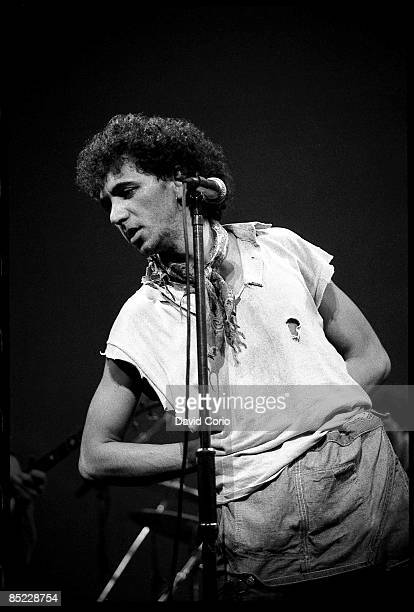 VENUE Photo of Kevin ROWLAND and DEXYS MIDNIGHT RUNNERS Kevin Rowland of Dexys Midnight Runners performing at the The Venue London 1982