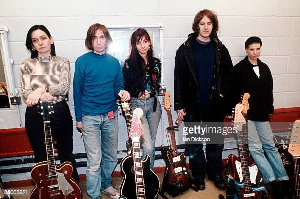 Photo of Kevin SHIELDS and Debbie GOOGE and Colm O'CIOSOIG and Bilinda BUTCHER and Anna QUIMBY and MY BLOODY VALENTINE LR Debbie Googe Colm O'Ciosoig...
