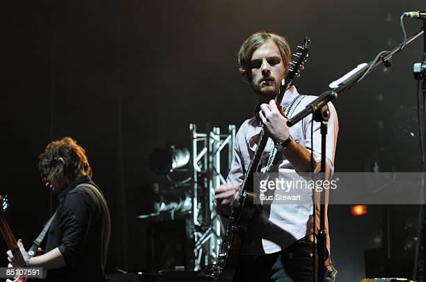 ACADEMY Photo of KINGS OF LEON and Caleb FOLLOWILL Caleb Followill performing on stage