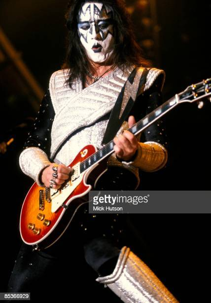 ARENA Photo of KISS and Ace FREHLEY Ace Frehley performing live onstage playing Gibson Les Paul Custom