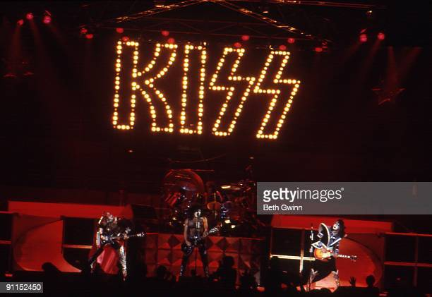 NASHVILLE Photo of KISS and Gene SIMMONS and Paul STANLEY and Peter CRISS and Ace FREHLEY Group performing on stage LR Gene Simmons Paul Stanley...
