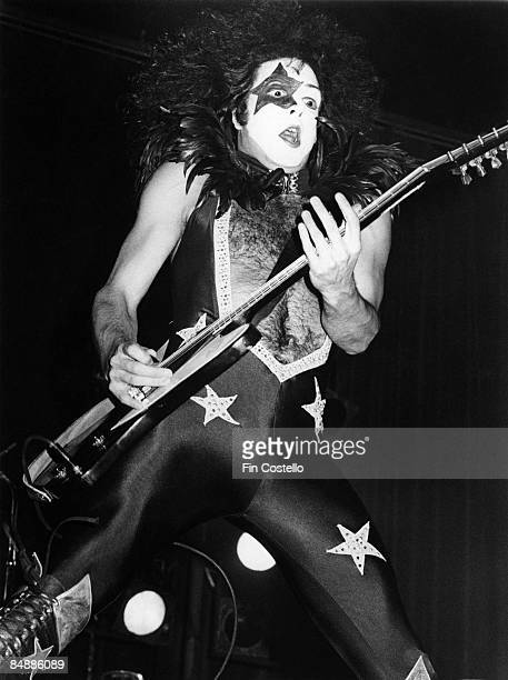 THEATER Photo of KISS and Paul STANLEY Paul Stanley performing live onstage