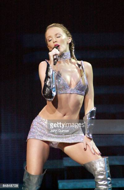 Photo of Kylie MINOGUE KYLIE LIVE ON STAGE AT GLASGOW'S SECC MAY 2002