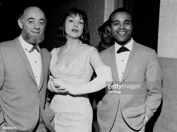 Photo of LAMBERT HENDRICKS ROSS and Dave LAMBERT and Annie ROSS and Jon HENDRICKS Group portrait LR Dave Lambert Annie Ross and Jon Hendricks