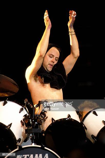 ROCK Photo of Lars ULRICH and METALLICA Lars Ulrich performing live onstage
