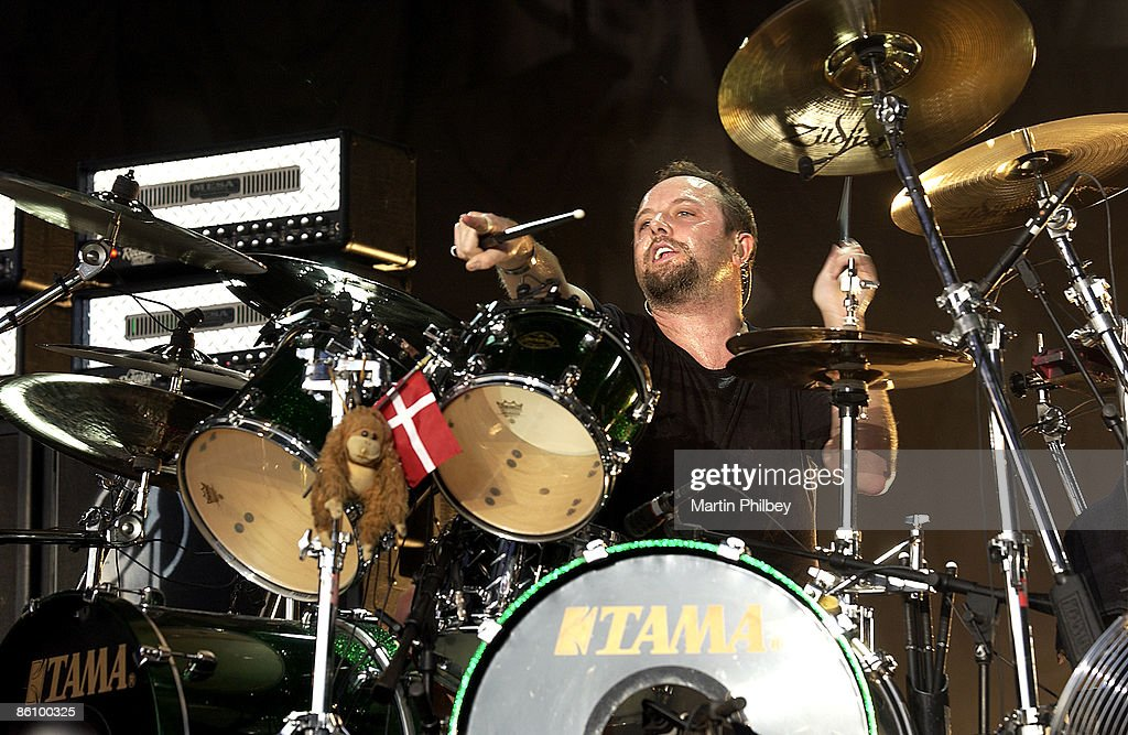 OUT Photo Of Lars ULRICH And METALLICA Ulrich Performing Live Onstage Playing Tama