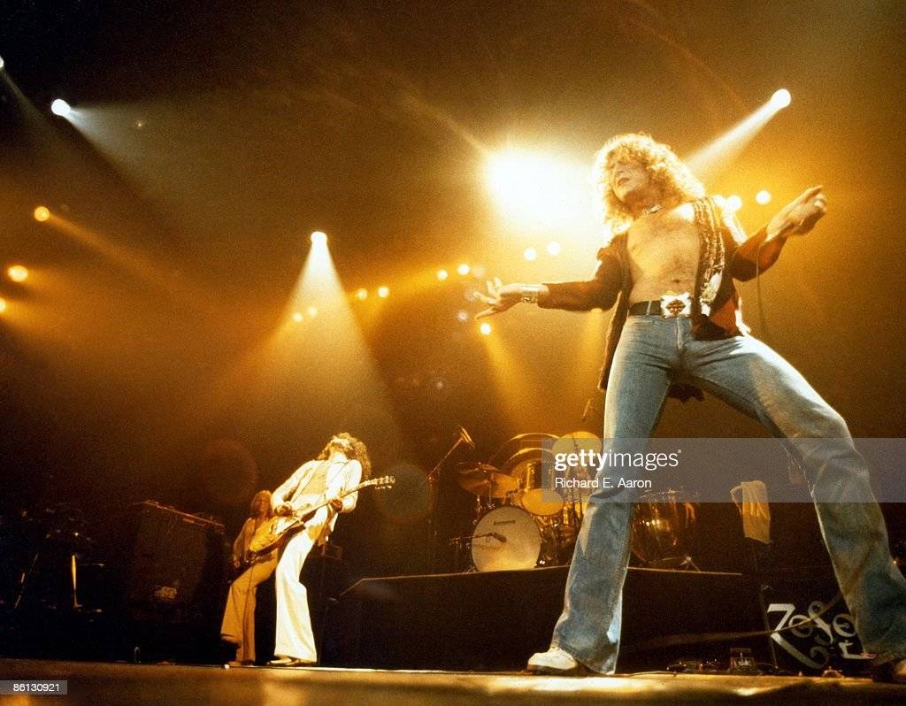 GARDEN Photo of LED ZEPPELIN and John Paul JONES and Jimmy PAGE and Robert PLANT, L-R John Paul Jones, Jimmy Page and Robert Plant performing on stage