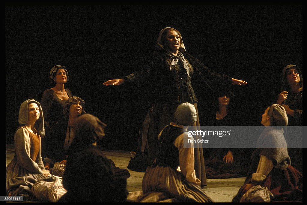 Photo of Leontyne PRICE and DIALOGUES OF THE CARMELITES
