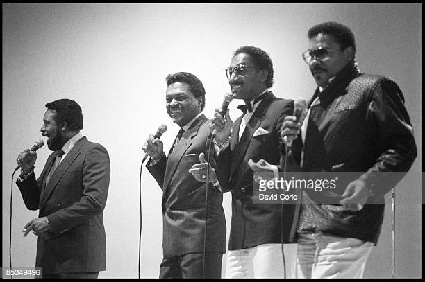 Photo of Levi STUBBS and FOUR TOPS and Abdul Duke FAKIR and Renaldo Obie BENSON and Lawrence PAYTON, L-R: Levi Stubbs, Renaldo 'Obie' Benson, Abdul...