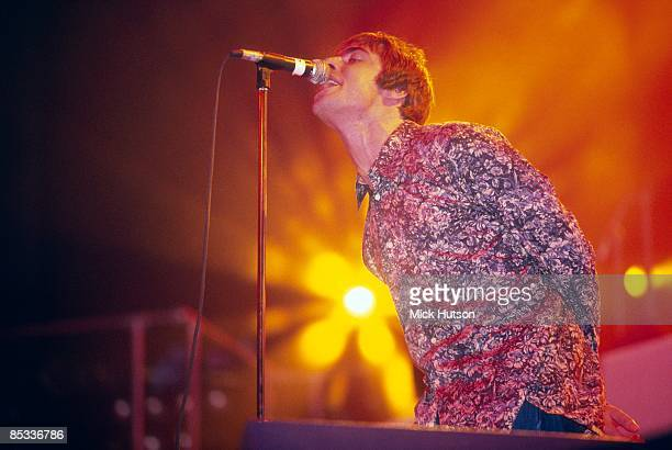 Photo of Liam GALLAGHER and OASIS, Liam Gallagher performing on stage