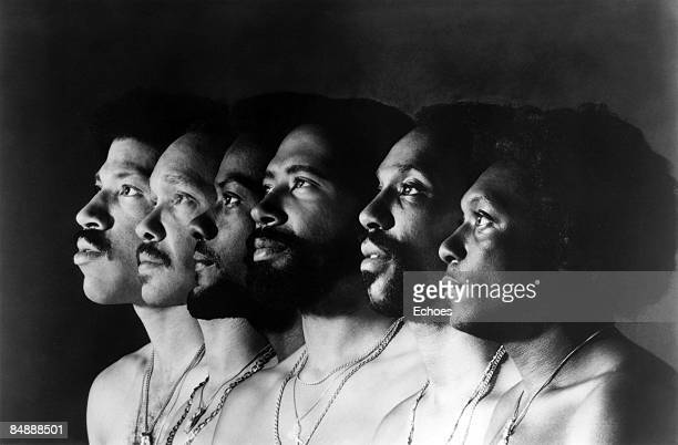 Photo of Lionel RICHIE and COMMODORES Lionel Richie far left posed group portrait