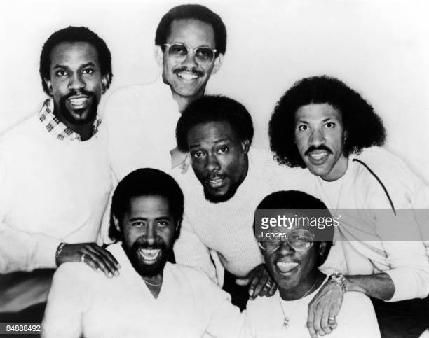 Photo of Lionel RICHIE and COMMODORES Lionel Richie far right posed group portrait