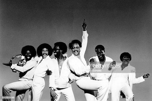 Photo of Lionel RICHIE and COMMODORES Lionel Richie second left posed group portrait