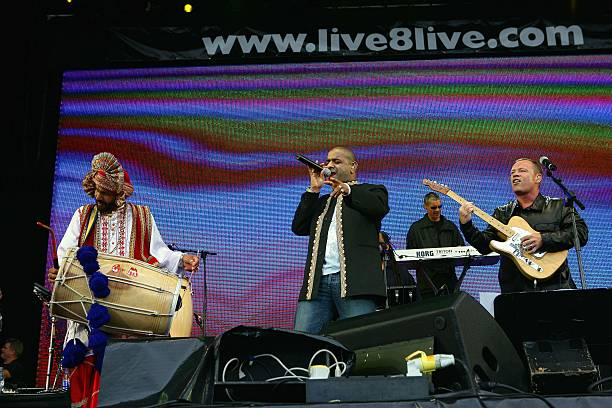 PARK Photo of LIVE 8 and UB40 Michael Virtue Ali Campbell performing at Live 8