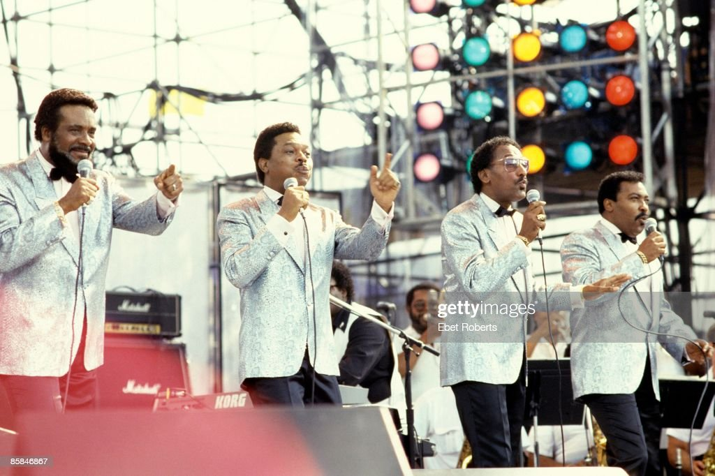 Photo of LIVE AID and Levi STUBBS and Lawrence PAYTON and FOUR TOPS and Abdul FAKIR and Renaldo BENSON : News Photo