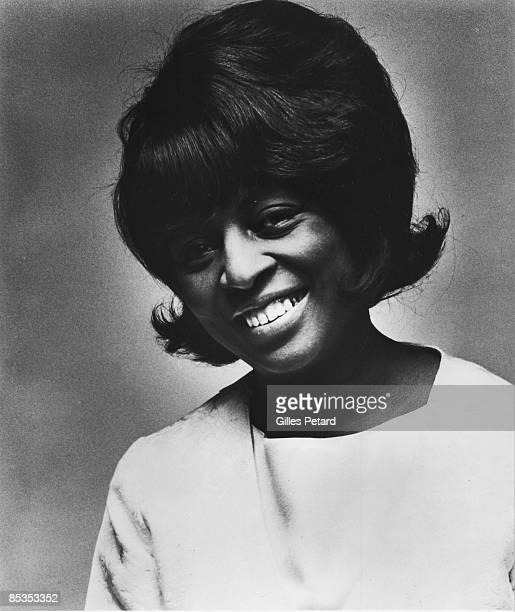 Photo of Lorraine ELLISON Posed studio portrait of Lorraine Ellison