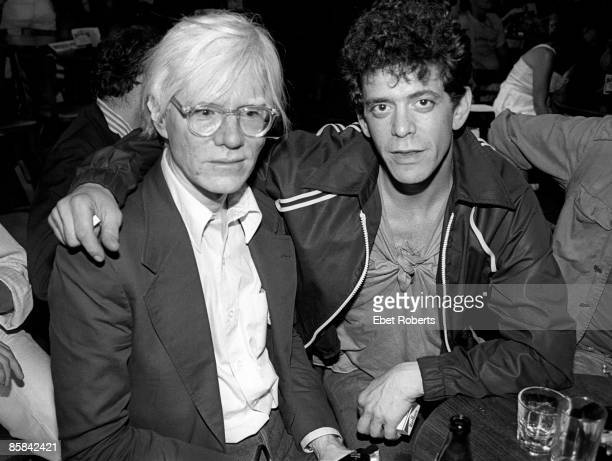 BOTTOMLINE Photo of Lou REED and Andy WARHOL Artist Andy Warhol and Lou Reed at a David Johanson show