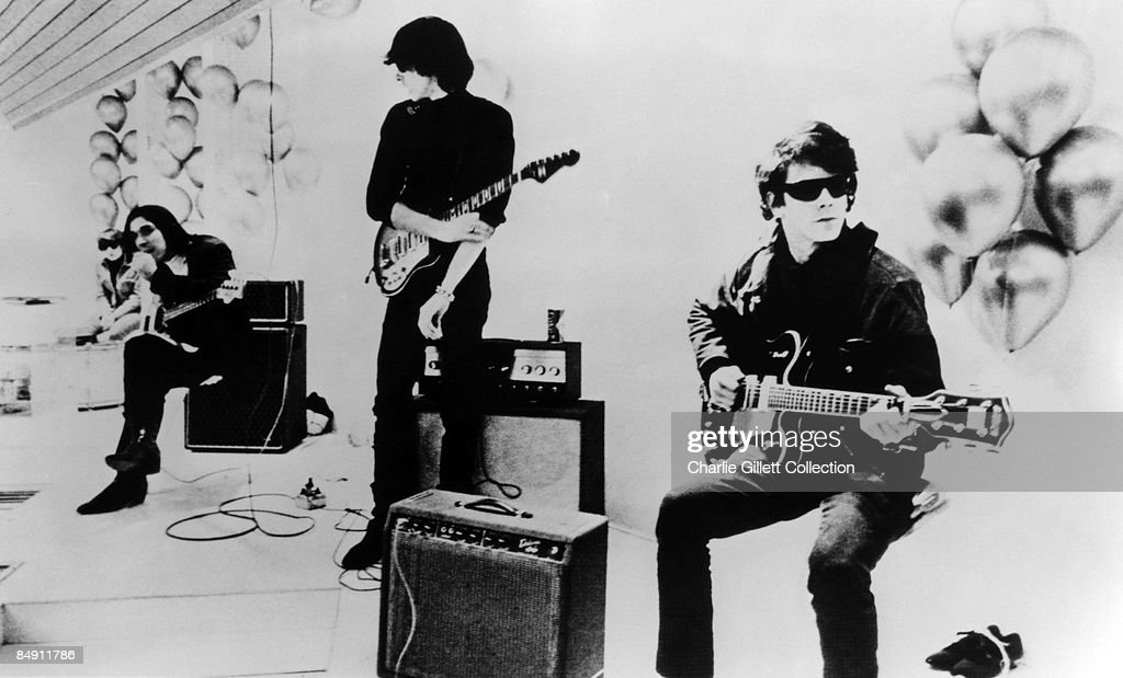 Photo of Lou REED and John CALE and VELVET UNDERGROUND : News Photo