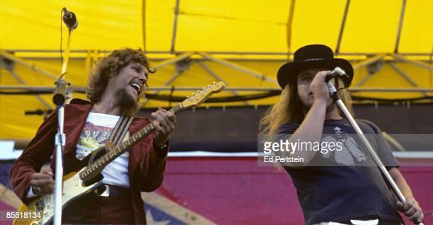 Photo of LYNYRD SKYNYRD Steve Gaines and Ronnie Van Zandt