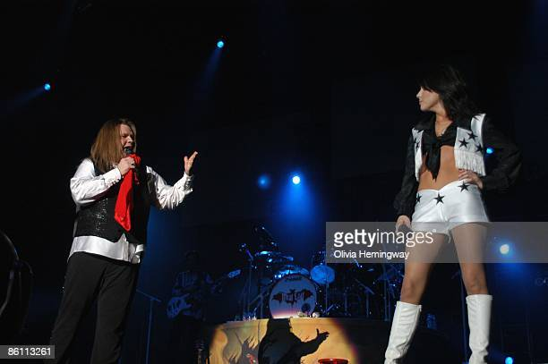 ARENA Photo of Marion RAVEN and MEAT LOAF with Marion Raven performing live onstage