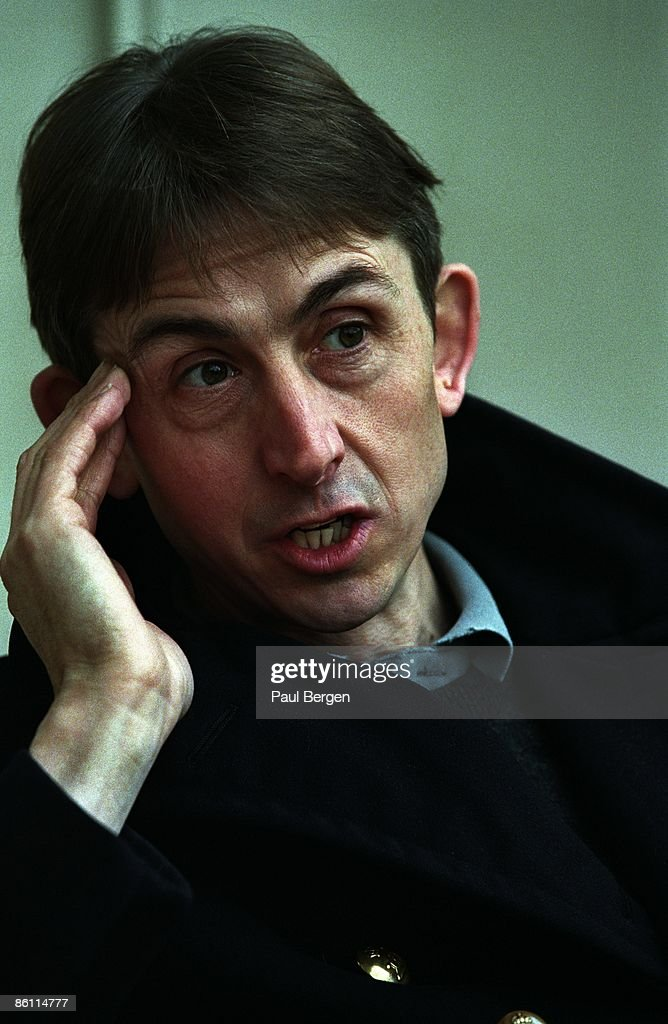 Photo of Mark HOLLIS : News Photo