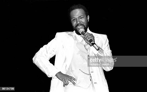 HALL Photo of Marvin GAYE Marvin Gaye performing on stage