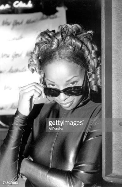 Photo of Mary J Blige Photo by Al Pereira/Michael Ochs Archives/Getty Images