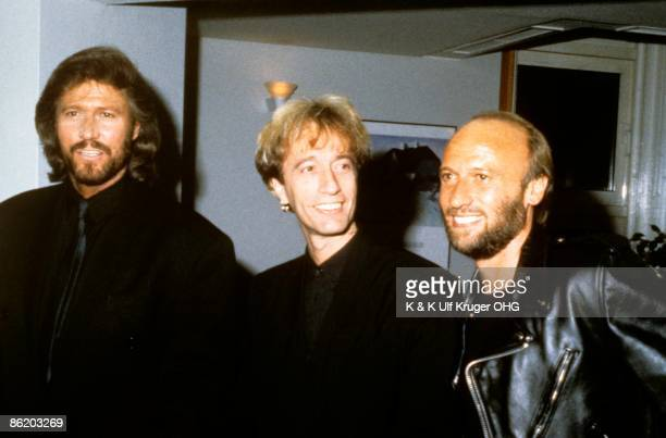 Photo of Maurice GIBB and BEE GEES and Barry GIBB and Robin GIBB LR Barry Gibb Robin Gibb Maurice Gibb