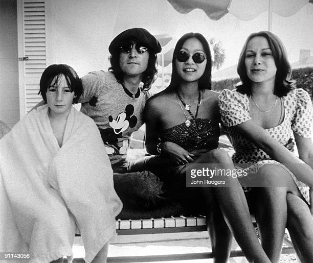 Photo of May PANG and Julian LENNON and John LENNON LR Julian Lennon John Lennon May Pang