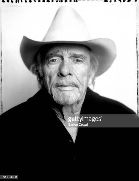 Photo of Merle HAGGARD Posed studio portrait of Merle Haggard at the Paramount Theatre