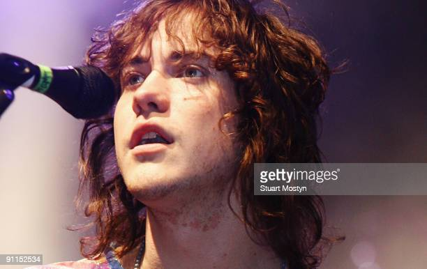 FESTIVAL Photo of MGMT and Andrew VanWYNGARDEN Andrew VanWyngarden performing on stage
