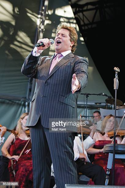HOUSE Photo of Michael BALL Michael Ball performing on stage