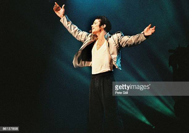 STADIUM Photo of Michael JACKSON Michael Jackson performing on stage Dangerous Tour