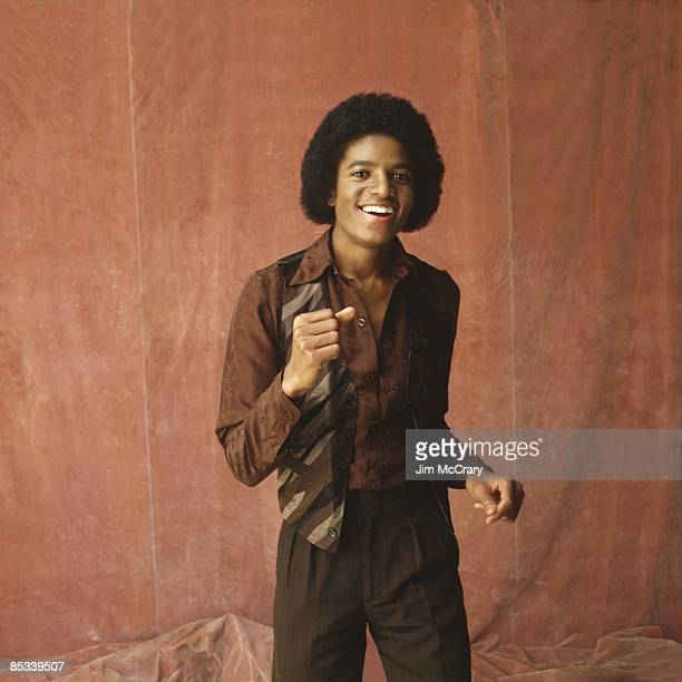 Photo of Michael JACKSON Posed studio portrait of Michael Jackson