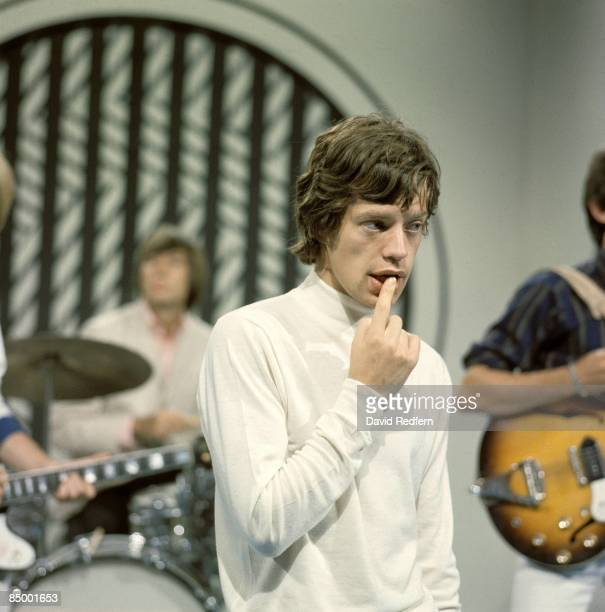 STARS Photo of Mick JAGGER and ROLLING STONES with Rolling Stones on the set of TV Show