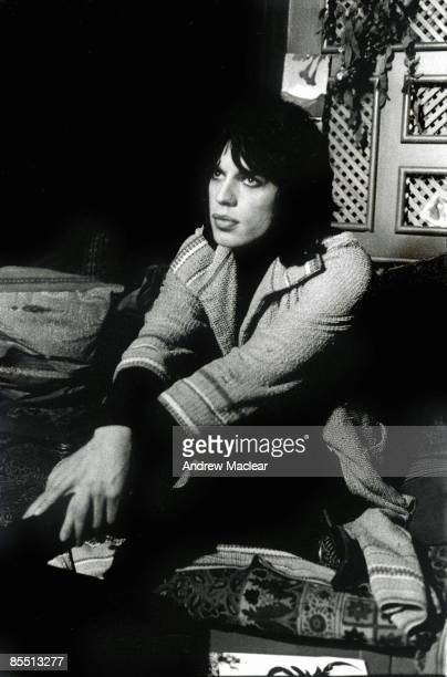 Photo of Mick JAGGER of the Rolling Stones on the set of Performance