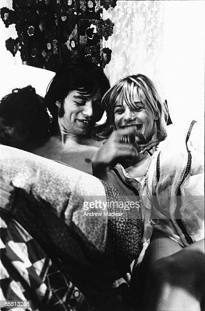 Photo of Mick JAGGER with Anita Pallenberg on the set of Performance