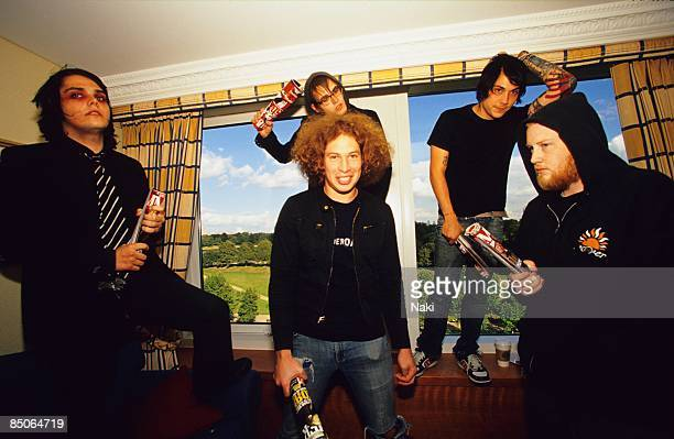 HOTEL Photo of MY CHEMICAL ROMANCE and Gerard WAY and Ray TORO and Mikey WAY and Frank IERO and Bob BRYAR LR Gerard Way Ray Toro Mikey Way Frank Iero...
