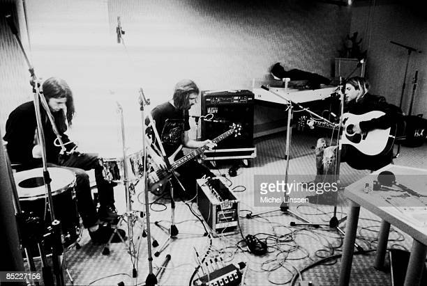 HILVERSUM Photo of NIRVANA LR Dave Grohl Krist Novoselic Kurt Cobain group shot recording in Hilversum Studios