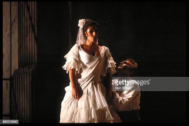 Photo of OPERA and CARMEN and Alicia NAFE and Giuliano CIANNELLA; Alicia Nafe as Carmen. Giuliano Ciannella as Don Jose. Production: Jean Pierre...