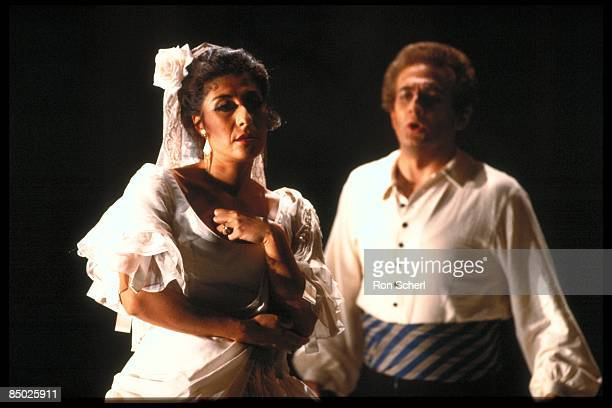 Photo of OPERA and CARMEN and Giuliano CIANNELLA and Alicia NAFE; Giuliano Ciannella as Don Jose. Alicia Nafe as Carmen. Production: Jean Pierre...