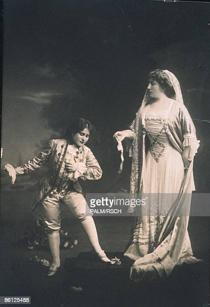 Photo of OPERA SINGER and OPERA and Johanna GADSKI 18721932 Johanna Gadski as The Countess Mabel Riegelman as Cherubino