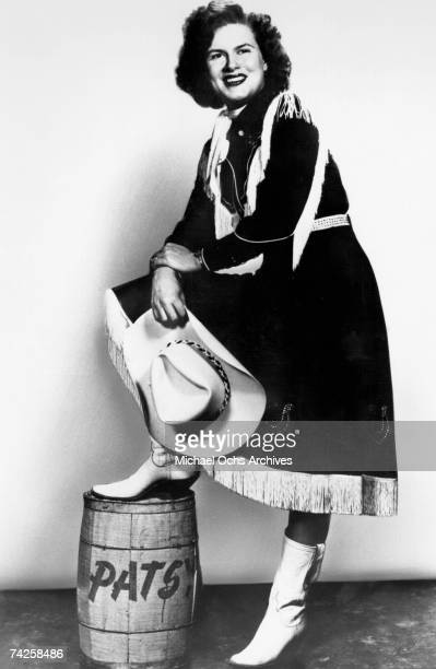 Photo of Patsy Cline Photo by Michael Ochs Archives/Getty Images