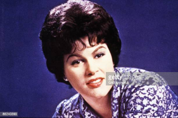 Photo of Patsy CLINE Posed portrait