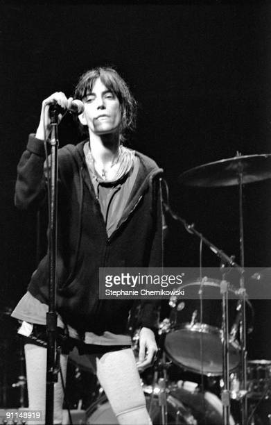 S Photo of PATTI SMITH GROUP Patti Smith