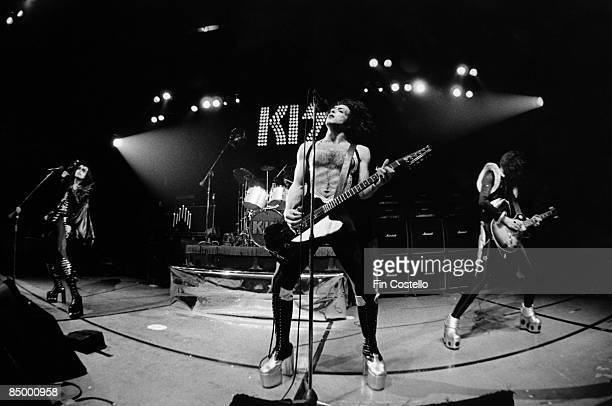HALL Photo of Paul STANLEY and KISS and Ace FREHLEY and Gene SIMMONS and Peter CRISS LR Gene Simmons Peter Criss Paul Stanley Ace Frehley performing...