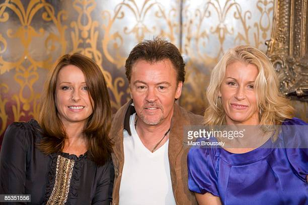 Photo of Paul YOUNG and Sarah DALLIN and Keren WOODWARD and BANANARAMA Keren Woodward and Sara Dallin woth Paul Young at the launch of the Here and...