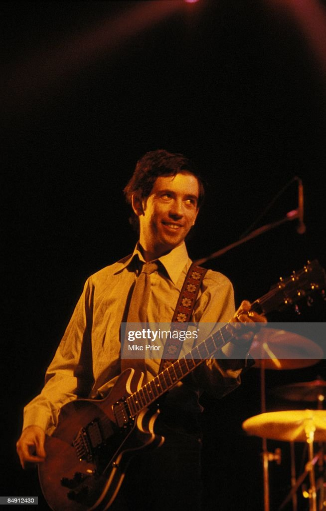 Photo of Pete SHELLEY and BUZZCOCKS : News Photo