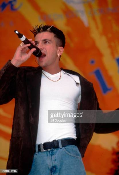 Photo of Peter ANDRE Peter Andre performing on stage